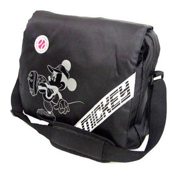 《艾可兒》【迪士尼DISNEY】光速黑潮運動側背包