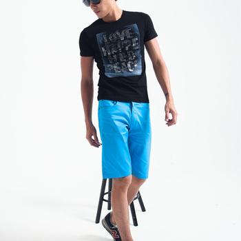 MAKER NET 條紋滾邊口袋亮彩短褲-共四色(藍32)