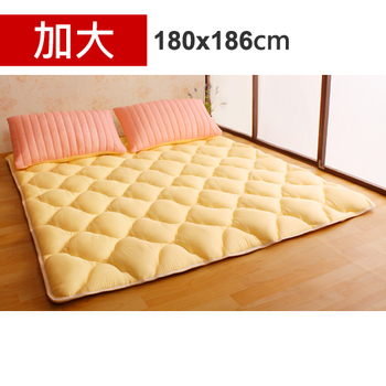 Homebeauty 日式羊毛保暖收納睡墊床墊-加大(草莓起司)