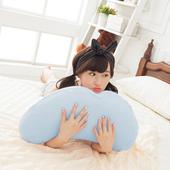 《歐卓拉》多功能彎月抱枕-藍