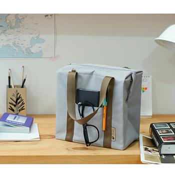 韓版 休閒旅遊防水保溫保冰袋 可手提、肩背、斜背(灰色)