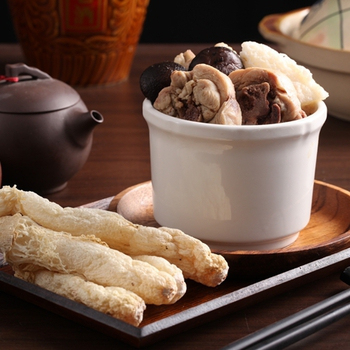 快樂大廚 補氣養身雞湯-香菇竹笙雞(410g/包)