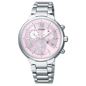《CITIZEN》xC 花語嫩色 鈦輕巧光動能三眼計時腕錶-粉(FB1330-55W)(粉)