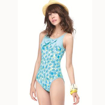 【SAIN SOU】 大女連身三角泳裝附泳帽A91401(M)