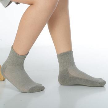 《【KEROPPA】》可諾帕3~6歲學童專用毛巾底氣墊短襪(4雙(男女適用)C93002-B-灰色)