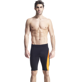 《【SARBIS】》MIT彈性及膝泳褲附泳帽B55420(M)