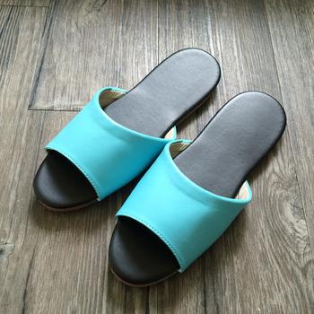 iSlippers 台灣製造-簡約純色皮質室內拖鞋(粉藍L)