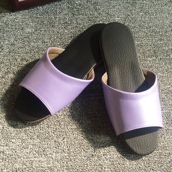 iSlippers 台灣製造-簡約系列-純色皮質室內拖鞋(淡紫M)