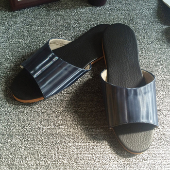 iSlippers 台灣製造-簡約系列-純色皮質室內拖鞋(光澤藍XL)