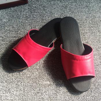 iSlippers 台灣製造-簡約系列-純色皮質室內拖鞋(桃紅M)