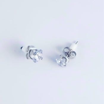 S.S享新 耳針5m/m單鑽八心八箭鋼針耳環(白)