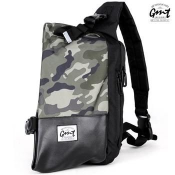 GMT挪威潮流品牌 單車休閒側背包(迷彩色)