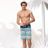 《SARBIS》海灘 男 泳褲-附泳帽B55609(M)