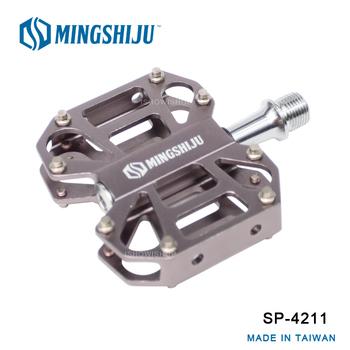 《MINGSHIJU》名師車 SP-4211 自行車 專業踏板(灰色)