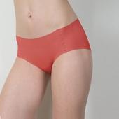 《SOFT LIGHT 舒芙蕾》無痕貼合內褲桔紅(M)