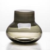 《Novella Amante》墨玉花瓶低款16 cm $1200