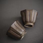 《SCENEAST》中式茶杯銅銹花瓣杯(5.2*5.2*4.2 50毫升)