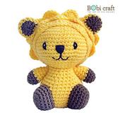 《Bobi》勾針娃娃-小小里昂-Mini Leo(15(H) /WT-131YEL-M-M)