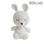 《Bobi》勾針娃娃-小小卡羅-Mini Karo Softie(18(H) /WT-135WHI-M)