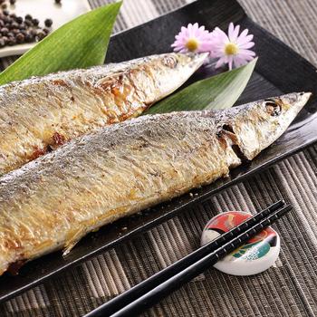 《上野物產》極品嚴選肥美秋刀魚 (600g土10%/包)(5包)買就送:鮮脆刻花魷魚 (250g±10%) *1包