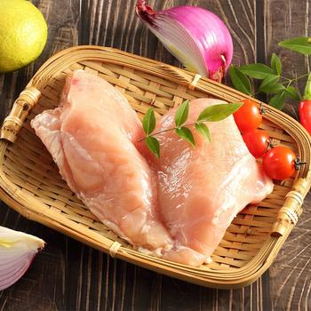 《上野物產》新鮮真空包裝無骨雞胸肉(1000g土10%/包)(3包)買就送:鮮脆刻花魷魚 (250g±10%) *1包