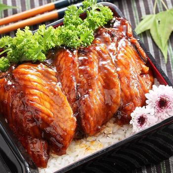 《上野物產》日式蒲燒鯛魚蜜汁腹排 (45g土10%/片,5片一包)(20片)買就送:鮮脆刻花魷魚 (250g±10%) *1包