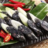《上野物產》噴汁彈牙墨魚香腸(300g土10%/包)(3包)上野物產單筆滿$999送宜蘭薄鹽鯖魚(90g±10%)*2片
