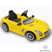 《BENZ賓士》全台獨家 充電式 SLS AMG 6V 電動兒童乘座車-賓士(原車縮小比例)(黃色)