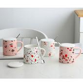粉紅清新帶蓋馬克杯 款式隨機出貨(尺寸:7.8X9.5cm(含蓋)/容量:330ml)