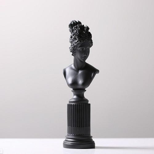 《Novella Amante》微風女神擺飾(黑)