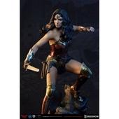 《野獸國》蝙蝠俠對超人:正義曙光 神力女超人 PF雕像(#300400)